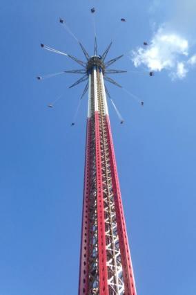 Six Flags NE